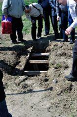 следы гробокопателей