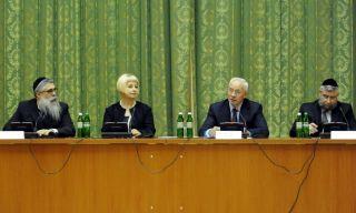 Азаров встретился с раввинами,фото пресс-службы Кабмина